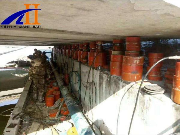 桥梁支座破坏__衡水震海工程橡胶有限公司